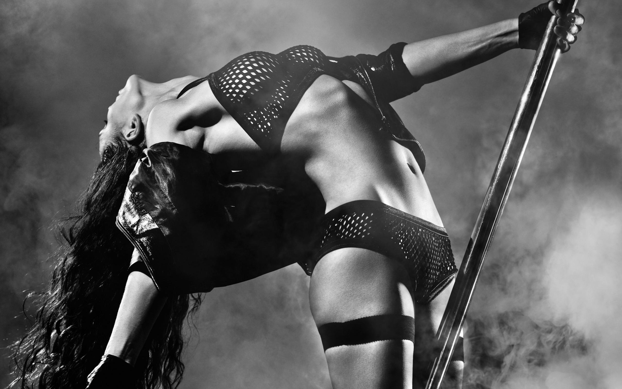 hot-r-s-eroticheskaya-muzika