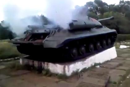 ukr_tank_iosif_stalin