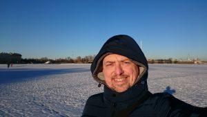 Сам фотограф на льду Невы